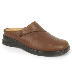 Nurture Calm Brown Tan Leather Mules Slides Clogs